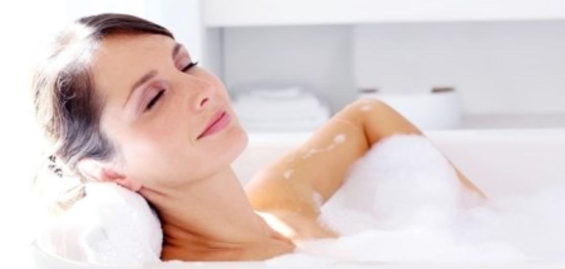 Soñar con bañarse: Significado, Interpretación