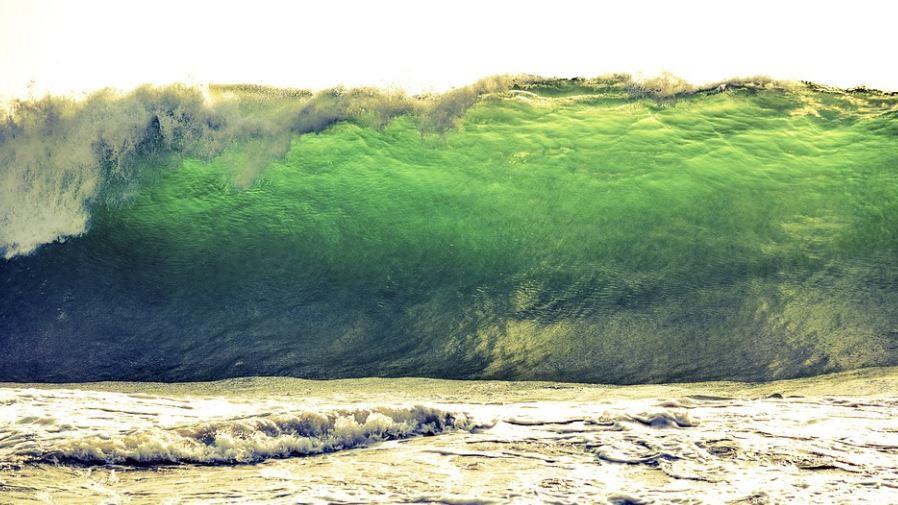 Soñar con tsunami: Significado e interpretación del sueño