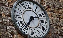 Hora invertida 05:50: ¿Qué significa?
